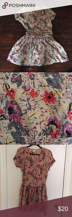 Dress by parker. Size medium. Floral mini dress by parker. Size medium. 100% silk. Zipper and snap closure. Parker Dresses Mini
