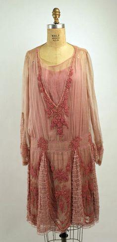 Circa 1926 dress via The Costume Institute of the Metropolitan Museum of Art.