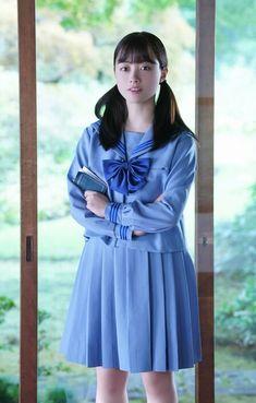 (C) フジテレビ School Girl Outfit, School Uniform Girls, Hashimoto Kanna, Fantasy Girl, Kaito, Beautiful Asian Girls, Japanese Girl, Raincoat, Actresses