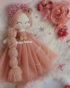Handmade Toys Pattern Felt to sell homemade Doll Crafts, Baby Crafts, Sewing Crafts, Diy Doll Pattern, Doll Patterns, Fabric Toys, Fabric Crafts, Homemade Dolls, Sewing Dolls