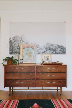 Clever (& Really Stylish) Ways to Display Art Around Your Home