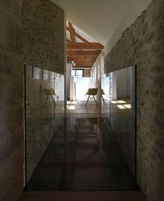 ☷☷ Historic warehouse conversion