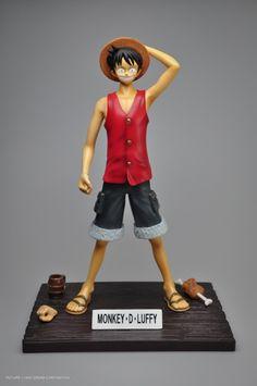 Figurine One Piece Monkey D Luffy http://amzn.to/2injADD