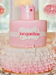 12 gorgeous first birthday cakes from Pinterest - Slide 8 - Canadian Living