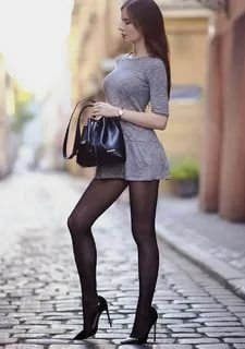 Great Legs, Beautiful Legs, Gorgeous Women, Tight Dresses, Sexy Dresses, Short Dresses, Sexy Outfits, Fashion Outfits, Womens Fashion