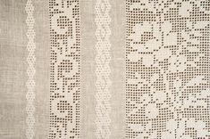 БЛР-139 - фрагмент рукава - Одяг - Український Сувенір Filet Crochet, Crochet Lace, Embroidery Patterns, Hand Embroidery, Crochet Patterns, Embroidered Lace Fabric, Palestinian Embroidery, Drawn Thread, Textile Texture