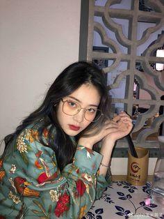 Petite Fashion Tips .Petite Fashion Tips Korean Beauty Girls, Pretty Korean Girls, Pretty Asian, Asian Beauty, Girl Korea, Asia Girl, Leotard Fashion, Cute Girl Face, Ulzzang Korean Girl