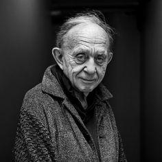 Frederick Wiseman.Great documentarist.