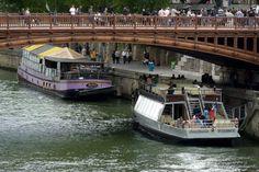 Rio Sena / Seine River [2010 - Paris - França / Francia / France ] #fotografia #fotografias #photography #foto #fotos #photo #photos #local #locais #locals #cidade #cidades #ciudad #ciudades #city #cities #europa #europe  #turismo #tourism #barco #barcos #boat #boats #rios #rivers