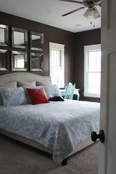 Love, love the mirrors above the bed!