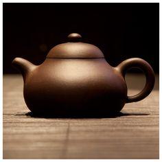"""Feng Ling"" style Yixing Chinese teapot Yixing Teapot, Jasmine Green Tea, Clay Teapots, Tea Culture, Tea Companies, Oolong Tea, Chinese Tea, Tea Art, Tea Service"