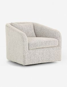 Ren Swivel Chair, Knoll Domino - Living Room Furniture - Furniture - National Kitchen and Bath - Indian Living Rooms Simple Living Room Decor, Small Living Room Furniture, Living Room Decor Inspiration, My Living Room, Living Room Chairs, Rustic Furniture, Furniture Decor, Antique Furniture, Modern Living Room Furniture