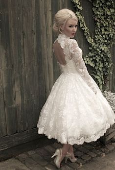 Lovely lace wedding dresses   Wedding Dresses   Plan Your Perfect Wedding