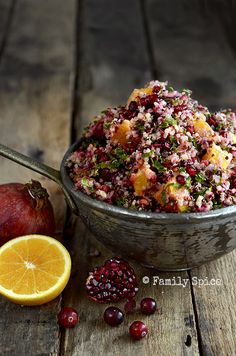 Cranberry Quinoa Salad with Orange, Mint and Kale Cranberry Orange Quinoa cup quinoa 2 cup water 2 large leaves of kale 2 cup cranberries, fresh 2 TBS extra virgin olive oil 1 tsp honey 2 TBS orange zest, grated 6 small oranges cup mixed nuts Orange Quinoa Salad, Cranberry Quinoa Salad, Cranberry Sauce, Easy Thanksgiving Recipes, Vegan Thanksgiving, Thanksgiving Sides, Gluten Free Christmas Recipes, Easy Holiday Recipes, Holiday Meals
