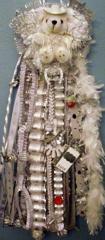 everyday treasures fromThe Domestic Curator: MORE HOMECOMING MUM IDEAS!
