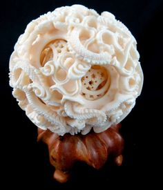 Chinese Hand Carved Ivory Figural Puzzle Ball with stand, depicting dragons. on Aug 2013 Ivory Elephant, Esoteric Art, Bone Carving, Ancient China, Sculpture Clay, Figure It Out, Rocks And Minerals, Asian Art, Design Crafts