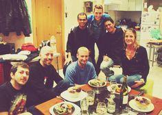 Los invitados a la cena preparada por el cocinero Carlos - n°2