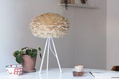 Stolová lampa VITA EOS BROWN Luminaire Original, Handmade Lampshades, Goose Feathers, Earth Tones, Pendant Lamp, Eos, Different Colors, Interior Decorating, Brown