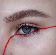 Red eyeliner make up Makeup Inspo, Makeup Art, Makeup Inspiration, Makeup Tips, Beauty Makeup, Body Makeup, Hair Makeup, Makeup Ideas, Makeup Basics