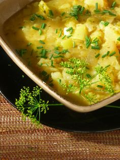 Gluten Free, Dairy Free, Egg Free Leek and Potato Soup (Vegan Option) - Looks great!