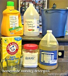 DIY homemade laundry detergent - 100% green, cheap & just 3 ingredients. Only $2.88 for 96 loads! Sub baking powder for borax.