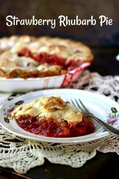 Best ever! Old fashioned strawberry rhubarb pie recipe is a perfect combination of sweet and tangy with a gorgeous bright crimson filling surrounded by buttery pastry. From RestlessChipotle.com #restlesschipotle #pie #homemade #strawberry #rhubarb #fromscratch #piecrust #butterpiecrust #easy #recipe