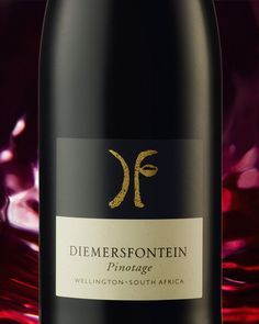 Diemersfontein Pinotage: Unique to South Africa with an array of flavors. That next boerie roll wont touch sides with this red in your hand. Wine Drinks, Beverages, Warm Food, Wine Recipes, Red Wine, South Africa, Touch, Cakes, Bottle