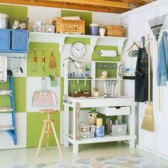 Great ideas to show you how to organize your garage with free printables to help keep you on track!