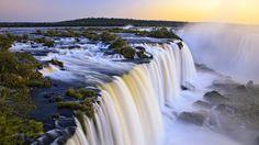 Iguazu Wasserfälle, Argentinien und Brasilien an der Kreuzung Hintergrundbilder - 1920x1080 Full HD