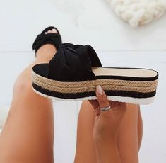 5114b111d079 Follow  SlayinQueens for more poppin pins ❤ ⚡ ✨ Espadrilles