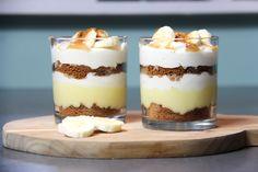 Heerlijk toetje gebaseerd op de overheerlijke banoffee pie: banoffee in een glaasje. Simpel en snel op tafel te zetten en verrassend lekker!