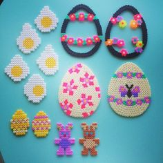 Easter eggs hama beads by livresetmerveilles Bead Crafts, Diy And Crafts, Crafts For Kids, Pearler Beads, Fuse Beads, Hama Beads Patterns, Beading Patterns, Hama Beads Christmas, Melting Beads