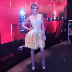 Anna Simón vestida por YolanCris para Oh Happy Day TV3