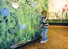 kids green exhibit