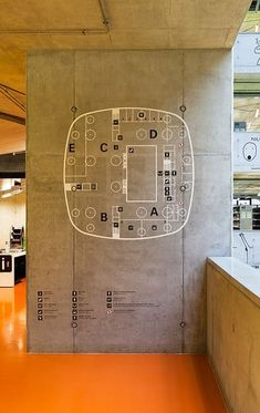 Floor plan applied to a concrete column in the National Technical Library, Prague Signage Design, Map Design, Design Posters, Design Ideas, Design Inspiration, Environmental Graphic Design, Environmental Graphics, Wayfinding Signs, Map Signage