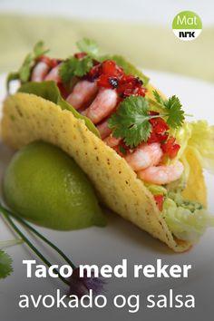 Bytt ut loff og majones og bruk rekene til taco. Jonathan Romano serverer reketaco med avokado, og en salsa med mye pepper og smak av hav fra tørket tang. Cantaloupe, Tacos, Mexican, Homemade, Fruit, Ethnic Recipes, Food, Home Made, Essen