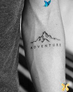 tatouagebestt  <br> Small Chest Tattoos, Small Forearm Tattoos, Small Tattoos For Guys, Forearm Tattoo Men, Cool Back Tattoos, Henna Tattoos, Tattoos Mandala, Tattoos Geometric, Rib Tattoos