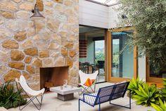 Casa Toro Canyon   / Bestor Architecture
