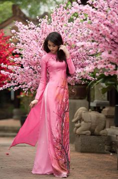 all in pink in Asia......::