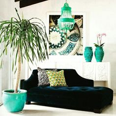 Royal blue chaise lounge, turquoise accents and peacock pillow! chaise lounges outdoor clearance Gone are the days when decorating was a one. Design Salon, Deco Design, Home Design, Interior Design, Design Blogs, Modern Interior, Design Ideas, Luxury Interior, Country Interior