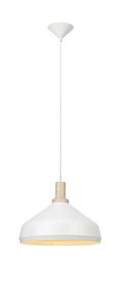 Figaro taklampa från Markslöjd. Vit metall med detaljer i ljus träprint. Stor (E27) lamphållare för max 60W glödljus eller motsvarande styrka i halogen, lågenergi eller LED. 1,5 meter textilklädd kabel med krokupphäng. Takkontakt klass 1 (Jordad) medföljer.  #taklampa #cellinglight #light #markslöjd # lampa #lamp #light #figaro #white #vit