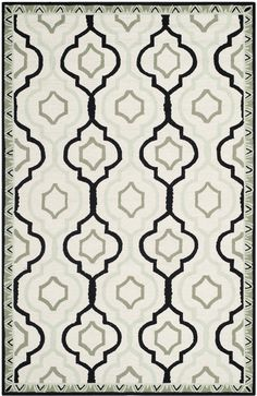 Chelsea Country & Floral Indoor Area Rug Ivory / Black