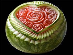 Watermelon carving is a creative art which demands concentration and talent. Like other fruit carving craft, this fruit can be used to make patterns. Watermelon Festival, Watermelon Art, Watermelon Carving, Carved Watermelon, Fruit Sculptures, Food Sculpture, Veggie Art, Fruit And Vegetable Carving, Veggie Food
