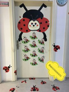 Preschool Classroom, Preschool Crafts, Diy Crafts For Kids, Classroom Decor, Kindergarten, Class Decoration, School Decorations, Welcome To School, Teacher Photo