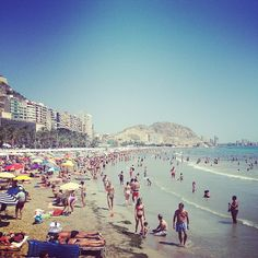 Alacant / Alicante in Alicante, Valencia Cuba, Alicante Spain, In 2015, I Want To Travel, Trip Planning, Four Square, Places To Go, Dolores Park, Spanish