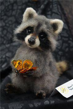 Hello Teddy My look is Baby Animals Super Cute, Cute Stuffed Animals, Cute Little Animals, Cute Funny Animals, Cute Cats, Needle Felted Animals, Felt Animals, Animals And Pets, Needle Felting