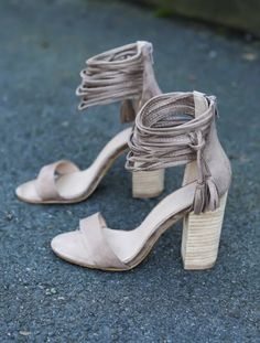 ~~~MUST HAVE THESE SHOES! Try STITCH FIX today and get looks just like these delivered right to your door--handpicked for you by your own personal stylist. Stitch fix dress. Stitch fix summer 2017 #affiliatelink