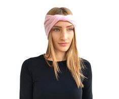 Warm Headbands, Headbands For Women, Beanie Outfit, Winter Wedding Guests, Cashmere Beanie, Cashmere Color, Cold Weather Outfits, Knitted Headband, Elegant Outfit