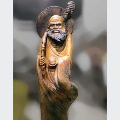 Đạt Ma khất thực sụn lũa bách xanh cực chất  Cao 1,17m - 35 - 30cm Statue, Sculptures, Sculpture