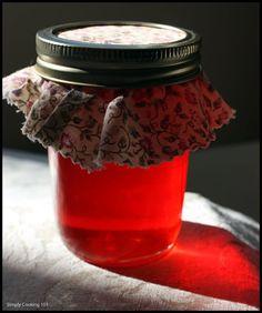 Maraschino cherry jelly (to use up leftover maraschino cherry juice) Jam Recipes, Canning Recipes, Relish Recipes, Nutella Recipes, Brunch Recipes, Bread Recipes, Cherry Jelly Recipes, Marachino Cherries, Homemade Jelly